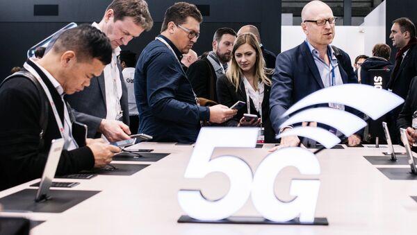 5G Stand at Mobile World Congress 2019 - Sputnik Mundo