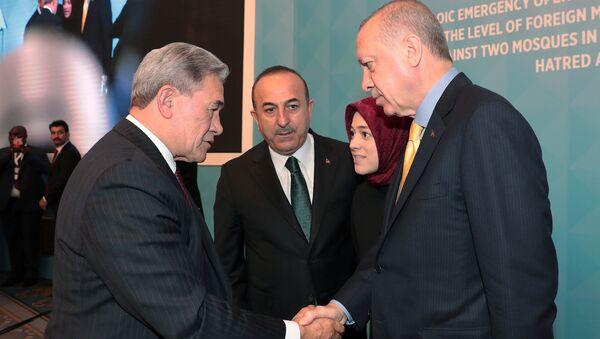 El ministro de Exteriores neozelandés, Winston Peters, y presidente de Turquía, Recep Tayyip Erdogan - Sputnik Mundo