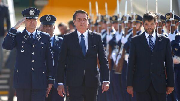 Presidente de Brasil, Jair Bolsonaro, llega a Chile - Sputnik Mundo