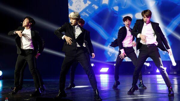 BTS, 'boy band' surcoreana - Sputnik Mundo