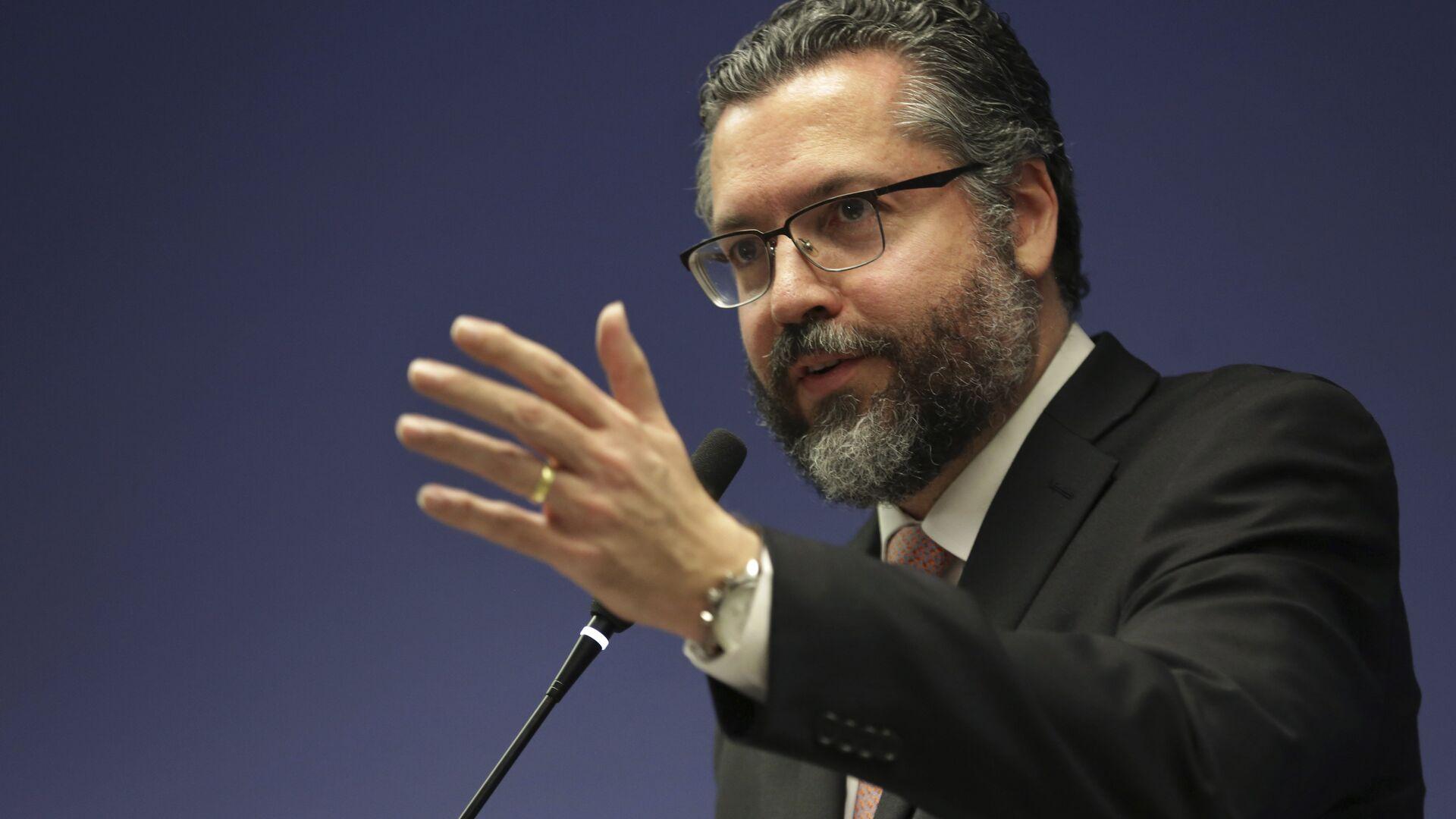 Ernesto Araújo, ministro de Relaciones Exteriores de Brasil - Sputnik Mundo, 1920, 18.05.2021