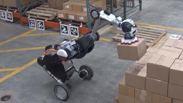 La versión modernizada del robot Handle - Sputnik Mundo