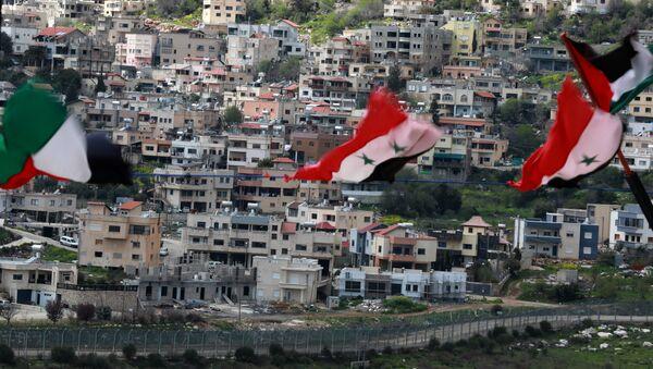 La vista a una ciudad en los Altos del Golán del territorio sirio - Sputnik Mundo