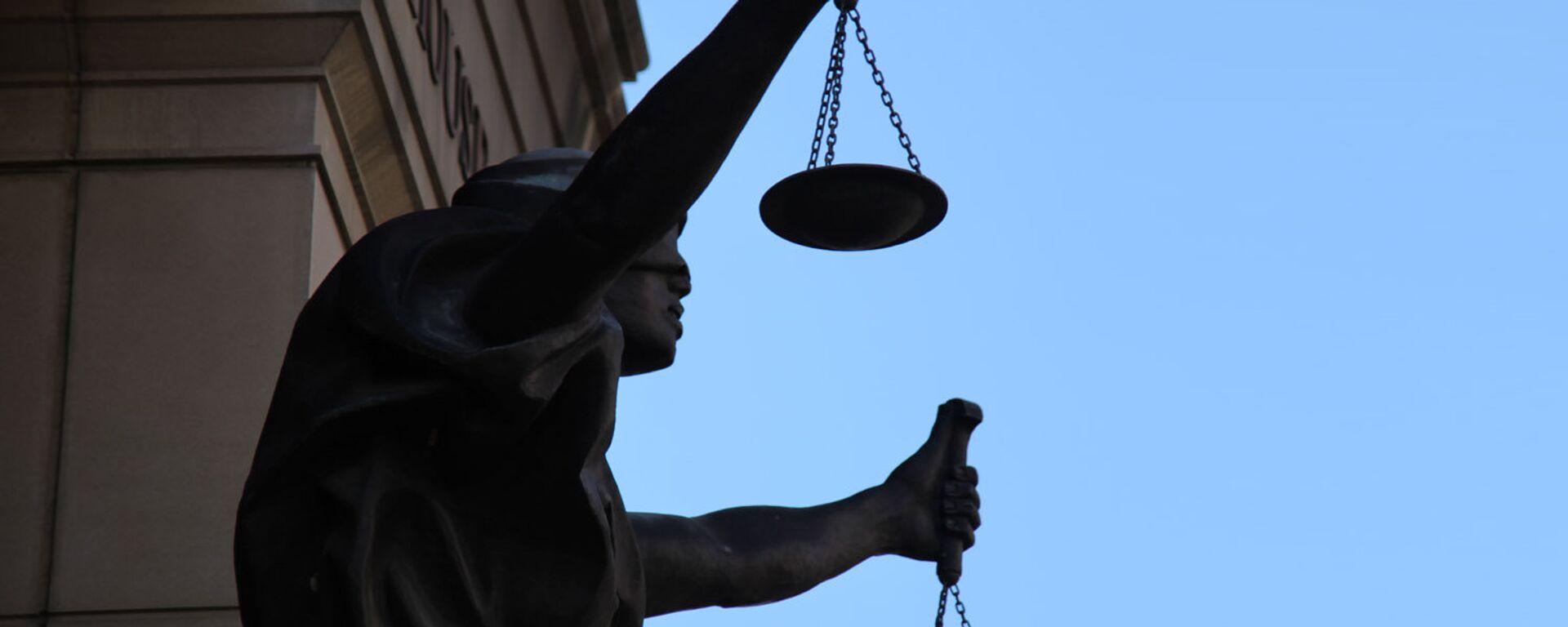 Una estatua de Justicia (imagen referencial) - Sputnik Mundo, 1920, 25.03.2021