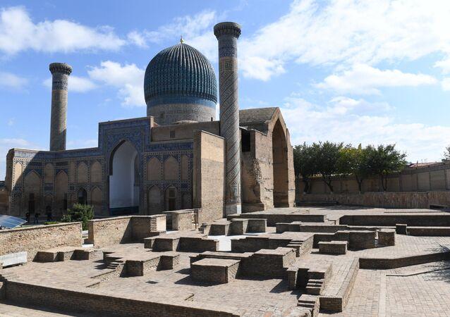 El mausoleo en Samarcanda, Uzbekistán
