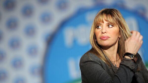 Alessandra Mussolini, diputada del Parlamento europeo por el partido de centroderecha Forza Italia - Sputnik Mundo