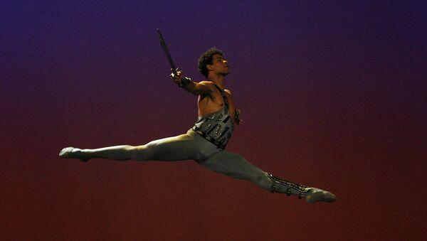 Carlos Acosta, reconocido bailarín cubano - Sputnik Mundo