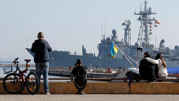Fragata de la OTAN en el mar Negro - Sputnik Mundo