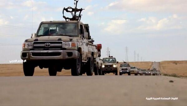 Vehículos armados en Libia - Sputnik Mundo