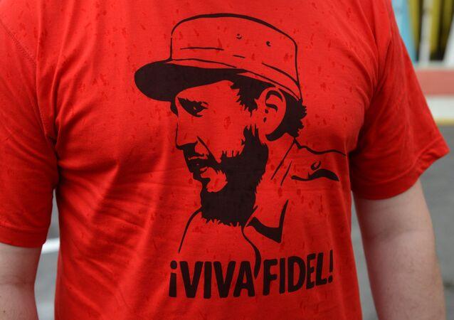 Una camiseta con una imagen de Fidel Castro, exlíder de Cuba