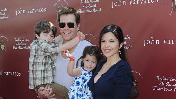 Lauren Sanchez junto a su esposo, Patrick Whitesell, en 2011 - Sputnik Mundo