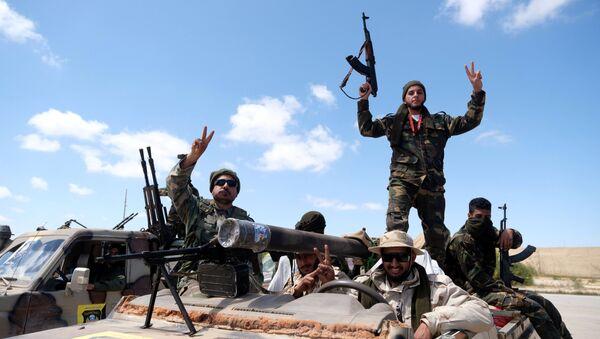 Combatientes del Ejército Nacional Libio - Sputnik Mundo