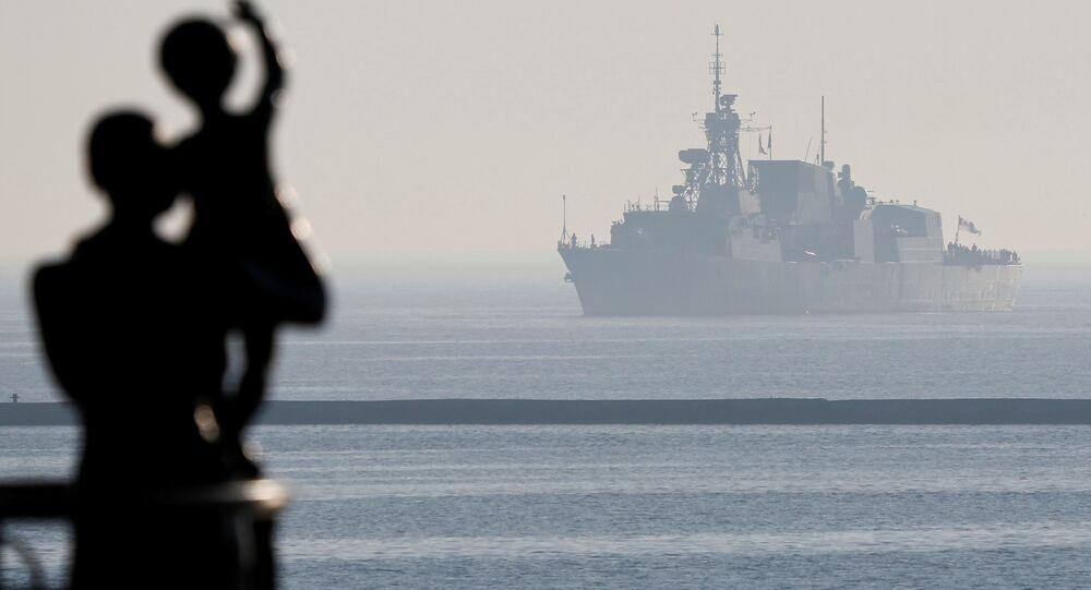 El buque de la OTAN en el mar Negro