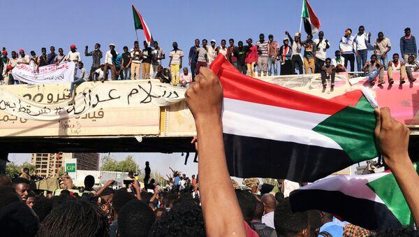 Protestas en Sudán - Sputnik Mundo