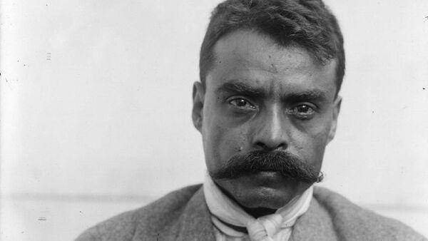 El líder revolucionario mexicano Emiliano Zapata en 1914 - Sputnik Mundo