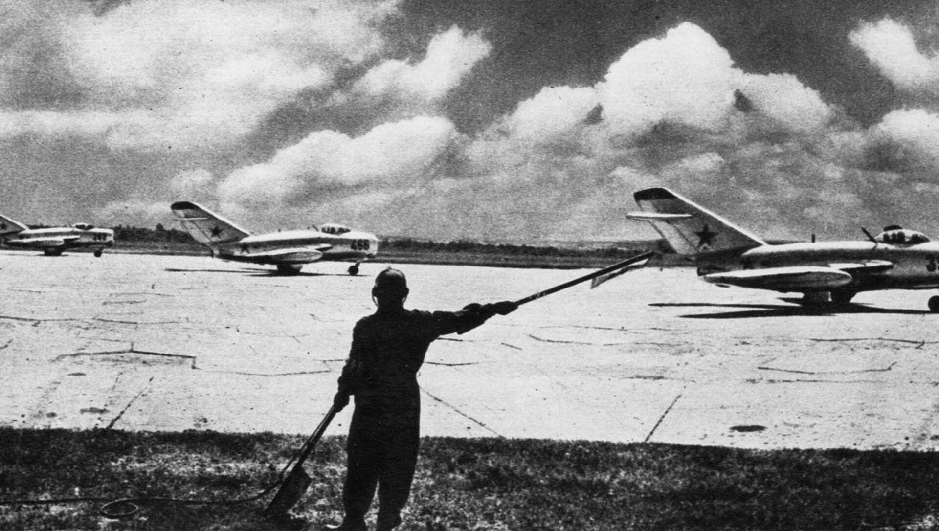 Cazas soviéticos MiG-15 - Sputnik Mundo, 1920, 12.04.2019