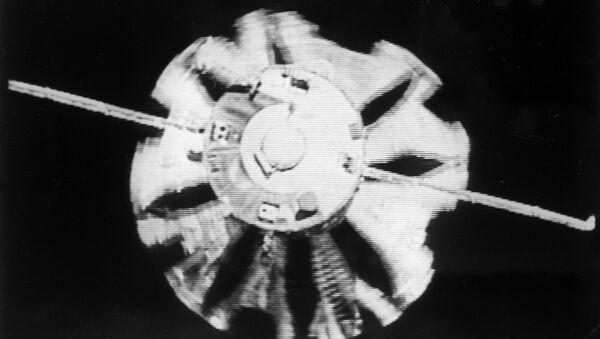La vela espacial que se mueve con energía solar, una hazaña de la cosmonáutica - Sputnik Mundo