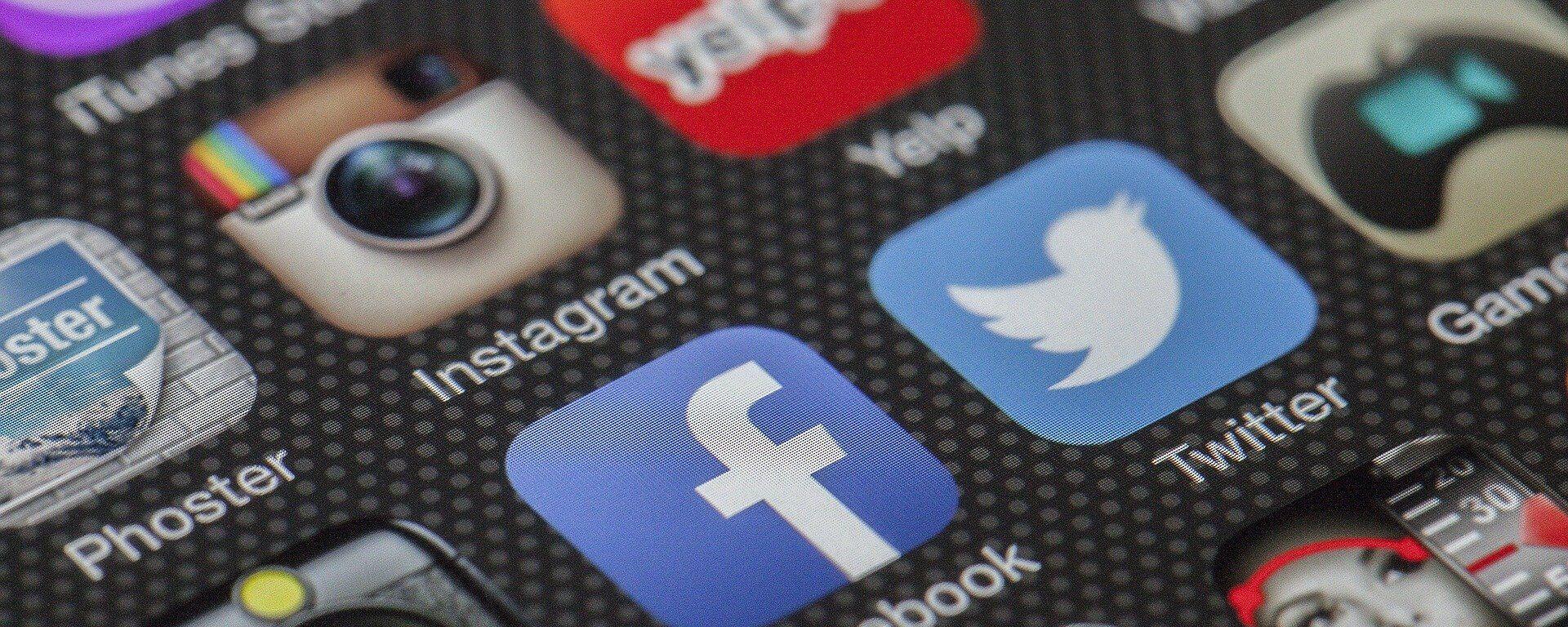 El logo de Instagram y Facebook - Sputnik Mundo, 1920, 17.02.2021