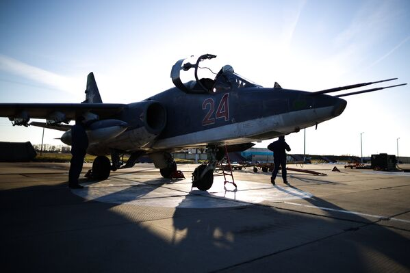 Un avión Su-25SM3 (archivo) - Sputnik Mundo