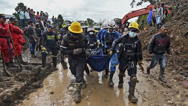 Deslizamiento de tierra en Cauca, Colombia - Sputnik Mundo