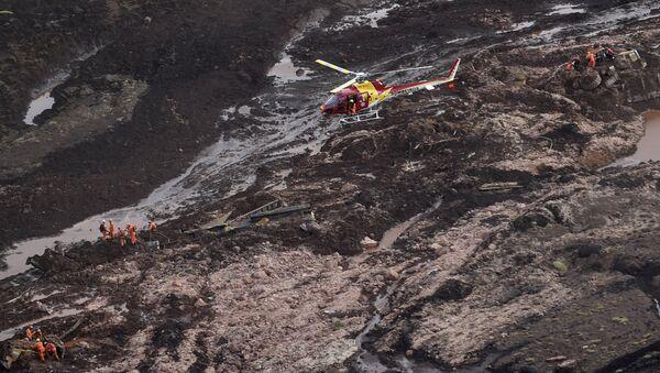 Destrozos provocados por la avalancha de lodo en Brumadinho en 2019 (foto de archivo) - Sputnik Mundo