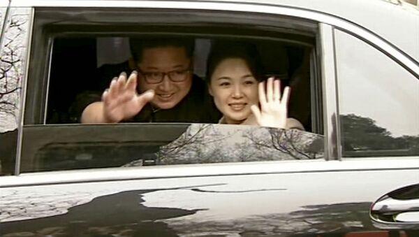 El líder de Corea del Norte, Kim Jong-un, en Pekín, China (archivo) - Sputnik Mundo