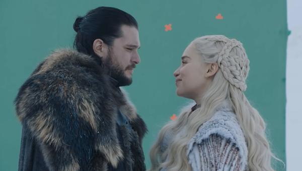Jon Snow y Daenerys Targaryen - Sputnik Mundo