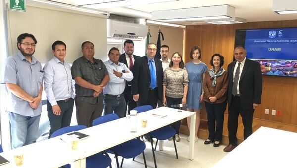Reunión entre autoridades de la Universidad de Samara y la Universidad Nacional Autónoma de México - Sputnik Mundo