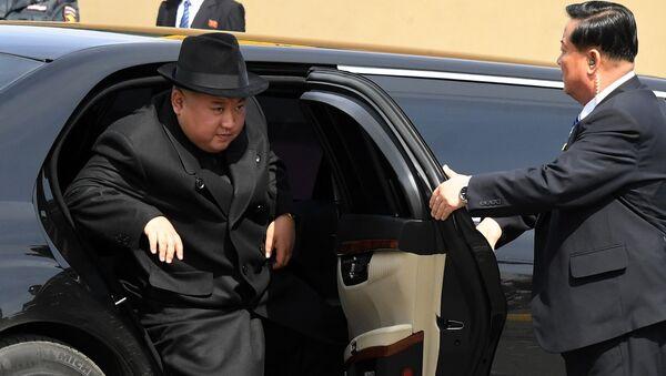 El líder norcoreano, Kim Jong-un, durante su visita a Vladivostok (Rusia) - Sputnik Mundo