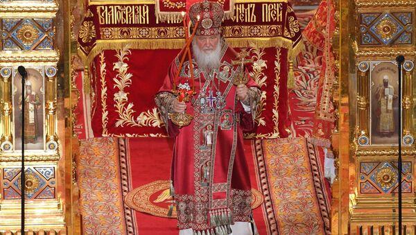 La misa de Pascua en la catedral de Cristo Salvador de Moscú - Sputnik Mundo