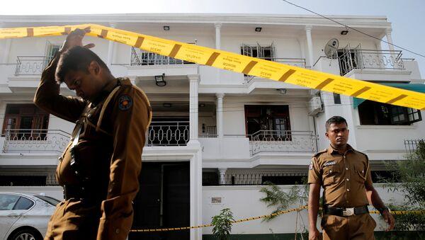 Militares en las calles de Colombo, Sri Lanka - Sputnik Mundo
