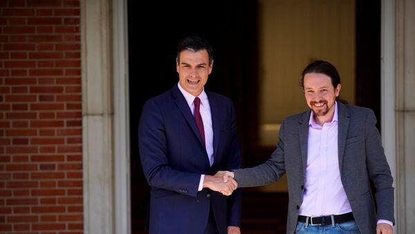 Presidente del Gobierno español, Pedro Sánchez, y secretario general de Podemos, Pablo Iglesias - Sputnik Mundo