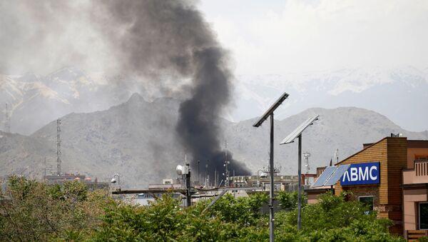 Una explosión en Kabul, Afganistán - Sputnik Mundo