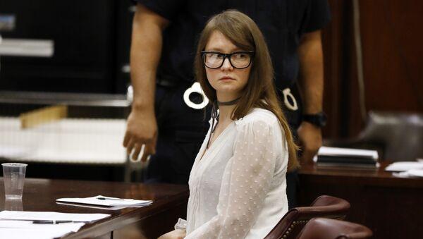 Anna Sorokin, la falsa heredera rusa condenada a prisión en EEUU - Sputnik Mundo