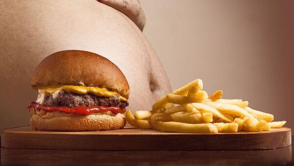 Obesidad y comida chatarra - Sputnik Mundo