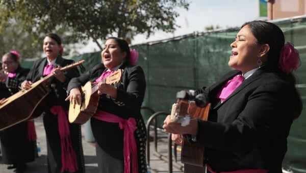 Mujeres del mariachi - Sputnik Mundo
