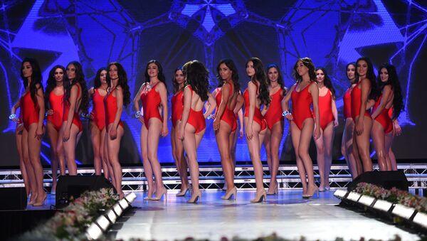 Las participantes del concurso 'La belleza de Armenia' - Sputnik Mundo