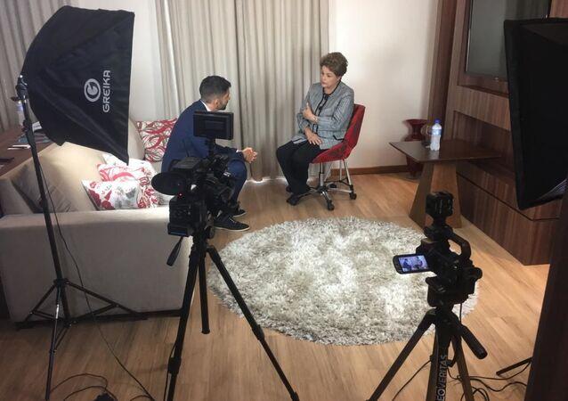 Dilma Rousseff, expresidenta de Brasil, durante la entrevista con el periodista de Sputnik Joan Royo Gual