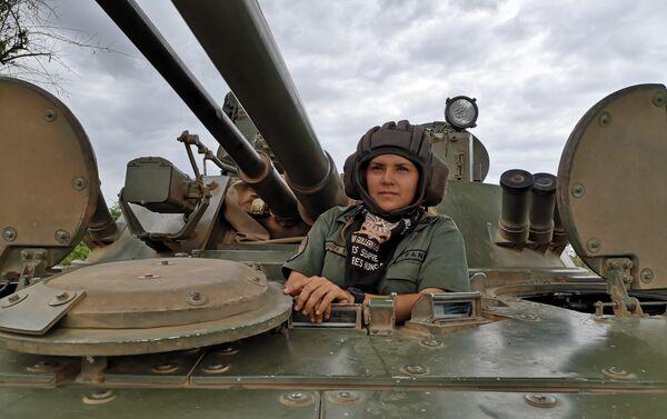 La sargento primero Ivonne Peralta - Sputnik Mundo