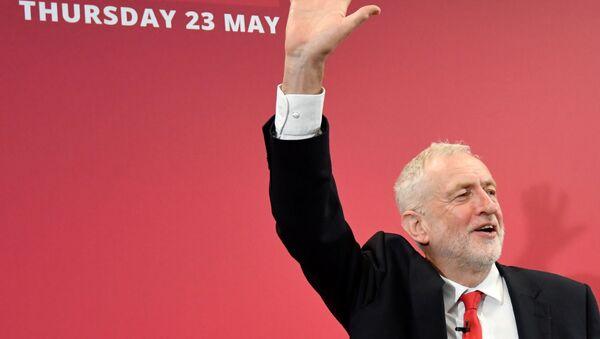 Jeremy Corbyn, líder laborista británico - Sputnik Mundo