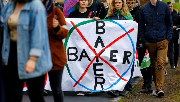 Protesta contra la empresa Bayer - Sputnik Mundo