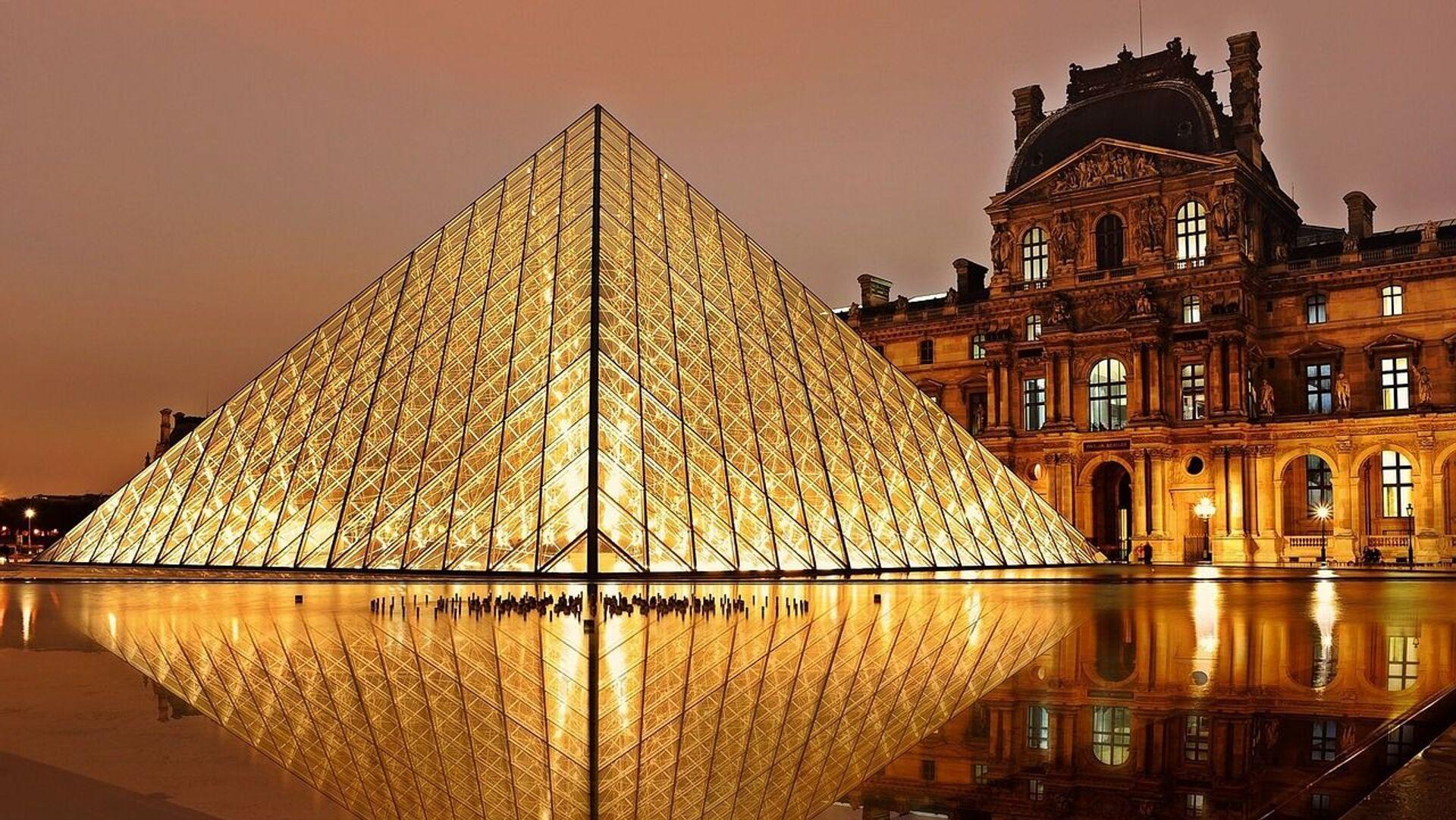Museo del Louvre - Sputnik Mundo, 1920, 21.07.2021