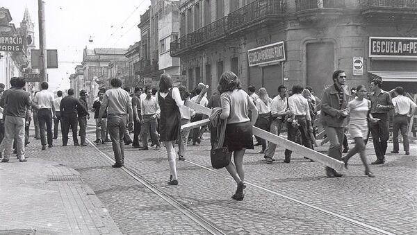 Fotografía de la revuelta popular conocida como Rosariazo, en 1969 - Sputnik Mundo