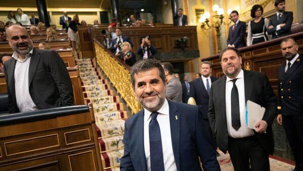 Diputados presos Jordi Sanchez y Oriol Junqueras en el Congreso de los Diputados en Madrid, España - Sputnik Mundo