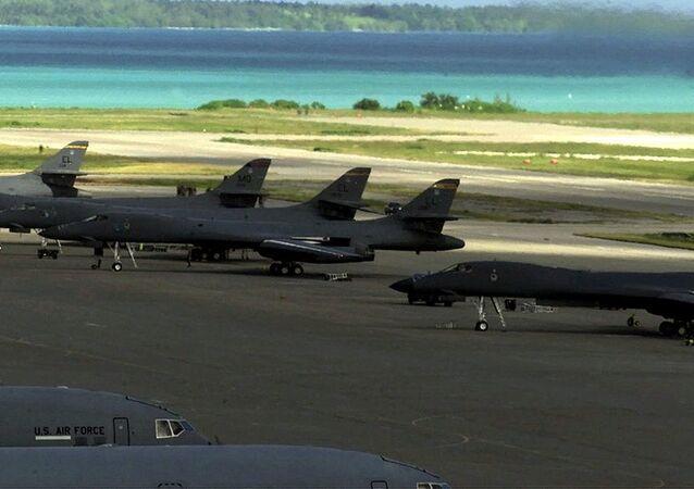 Bombarderos Lancer B-1B en la base Diego García, ubicada en el archipiélago de Chagos