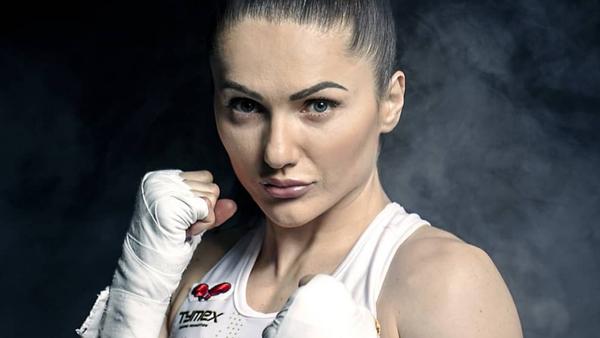 La boxeadora polaca Ewa Brodnicka - Sputnik Mundo