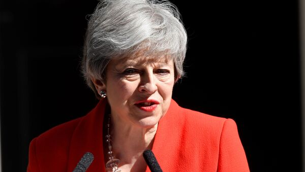 Theresa May, jefa del Gobierno británico - Sputnik Mundo