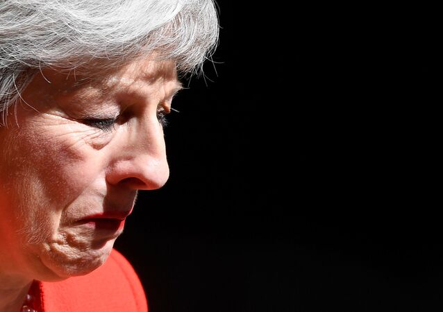 La primera ministra británica, Theresa May, presenta la dimisión