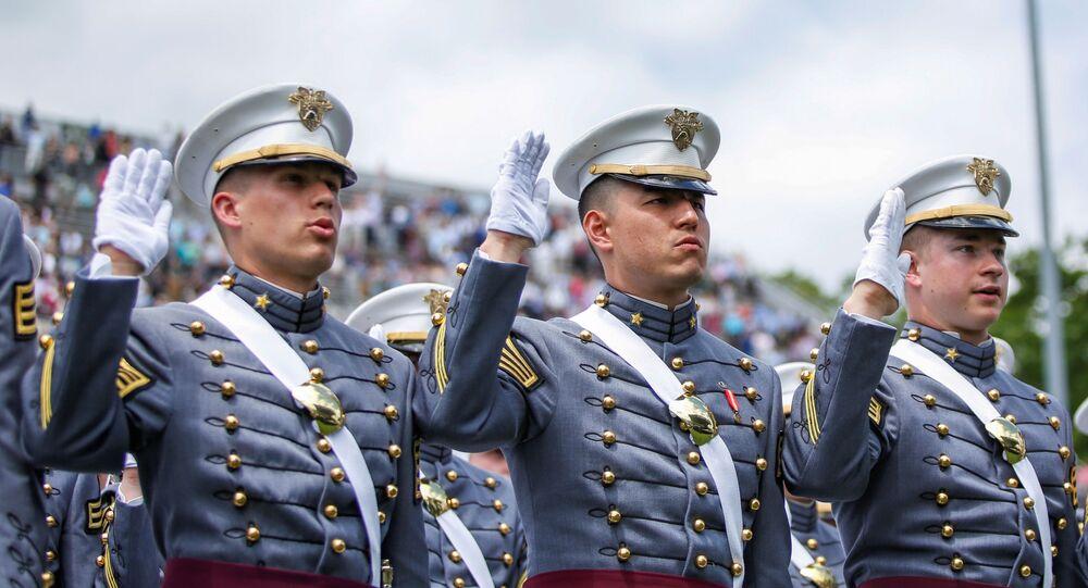 Unos cadetes estadounidenses de la Academia West Point