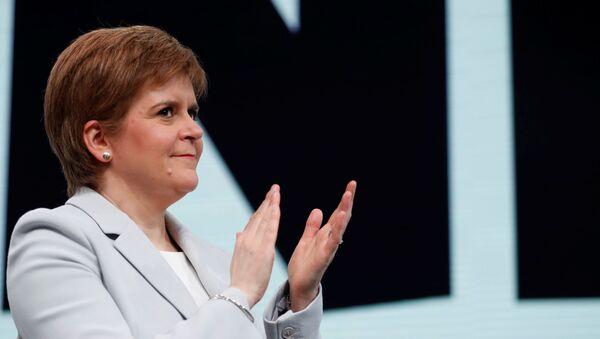 Nicola Sturgeon, jefa y líder del Partido Nacional de Escocia - Sputnik Mundo